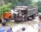 Xe tải đấu đầu xe khách, 11 người trọng thương