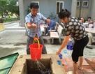Hà Nội: Bệnh nhân, bác sỹ lao đao vì thiếu nước sạch