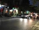 Hà Nội: Cô gái trẻ đang ngồi sau xe, tự ngã xuống đường tử vong