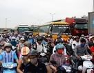 Đường trên cao Hà Nội nghẽn nặng, Quốc lộ 5 ùn tắc kinh hoàng