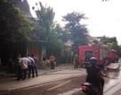 Hà Nội: Cháy nhà hàng, nhiều người hoảng loạn tháo chạy