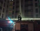 Cư dân chung cư hoảng loạn vì một căn hộ bốc cháy