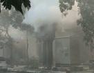 Hà Nội: Bốt điện trên vỉa hè phát nổ, 5 người bị bỏng