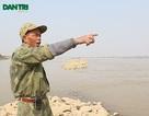 """Lão kình ngư 40 năm """"cướp cơm"""" của.... Hà Bá dưới chân cầu Long Biên"""