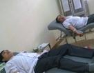 Hai điều dưỡng viên hiến máu cứu bệnh nhân nguy kịch