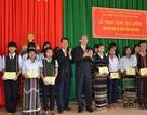 Trao 100 suất học bổng đến học sinh nghèo Đắk Nông