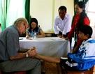 Hơn 200 trẻ em khuyết tật được khám miễn phí