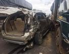 Xe tải tông nát ô tô 7 chỗ, 5 người thoát chết trong gang tấc
