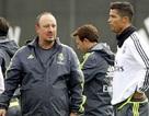 Vì Bale, C.Ronaldo bất mãn với HLV Benitez