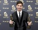 Vượt C.Ronaldo, Messi nhận giải xuất sắc nhất La Liga