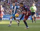 Neymar bị cổ động viên của Espanyol miệt thị