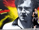 Chân dung 11 huyền thoại Euro qua bức hình graffiti tuyệt đẹp