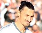 """Vừa tới MU, Ibrahimovic đã là """"vua"""" phòng thay đồ"""