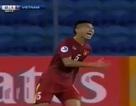 Siêu phẩm sút xa đẹp tới khó tin của U19 Việt Nam