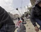Hàng trăm người Palestine bị thương do đụng độ với Israel