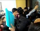Chen lấn hơn 1 ngày mới nộp được hồ sơ xét tuyển