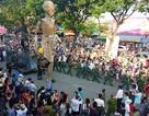 Rối khổng lồ khuấy động đường phố cố đô Huế