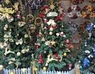 Gần 10 triệu đồng một cây thông đón Noel