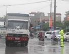 """Công an Hà Nội nói về nguyên nhân giao thông """"tê liệt"""" trong mưa ngập"""
