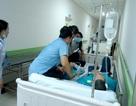 Hàng chục công nhân nhập viện cấp cứu sau bữa ăn chiều tại công ty