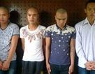 Hà Nội: Nam thanh niên đứng xem bạn gái bị… hiếp dâm