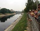 Hà Nội: Phát hiện thi thể nam thanh niên nổi trên sông Tô Lịch