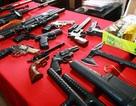 Hà Nội: Phá vụ giết người, thu cả kho súng đạn