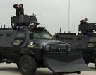 """Cảnh sát cơ động """"khoe"""" dàn xe Hummer chống đạn, xe bọc thép đặc chủng"""