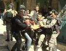 Cảnh sát Israel bố ráp người Palestine tại thánh địa Jerusalem