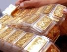 """Vàng SJC thấp nhất trong 10 tháng, vẫn """"đắt"""" hơn giá thế giới 5,7 triệu đồng/lượng"""