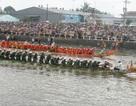 Từng bừng ngày hội đua ghe ngo của đồng bào Khmer Nam bộ