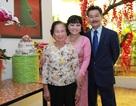 Hương Lan mừng 25 năm ngày cưới tại Việt Nam