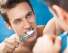 Lười đánh răng dễ bị rối loạn cương dương