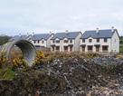 """Ireland quyết tâm san phẳng các """"thị trấn ma"""""""