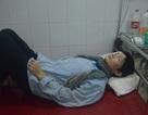Không tiền chữa trị, chàng trai dân tộc H'Mông có nguy cơ mất đi đôi mắt.
