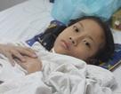 Mất toàn thành bụng, bé 12 tuổi sống sót diệu kỳ