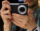 """Ảnh thực tế smartphone """"siêu camera"""" của Panasonic"""