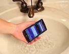 """LG G4 vẫn """"sống sót"""" sau 2 giờ ngâm dưới nước"""