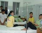 Ngộ độc thực phẩm, 50 công nhân nhập viện