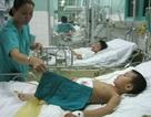 Bé Thiên Bảo thảng thốt đòi cha mẹ trên giường bệnh