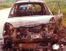 Tài xế taxi Mai Linh bị đốt xe, lột quần áo