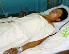 Quảng Bình: Con trai bị tâm thần dùng kéo đâm trúng tim cha