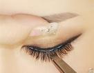 Uốn lông mi: Làm đẹp hay làm hại mắt?