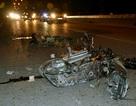 """Hà Nội: Xe tải """"nghiền nát"""" xe máy, một người chết thảm"""