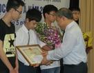 Bộ GD-ĐT khen thưởng HS đoạt giải Olympic Tin học châu Á 2013