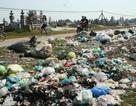 Hàng trăm tấn rác thải tràn ngập nông thôn mỗi ngày