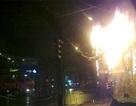 Cháy dây điện, cả khu phố náo loạn