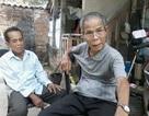 Ông cụ 81 tuổi làm mộ trên mái nhà để chôn hài cốt cha ruột