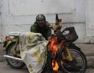 Xe máy phát cháy khi vừa khởi động