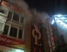 Hà Nội: Cháy tại quán karaoke, nhiều người hoảng loạn tháo chạy